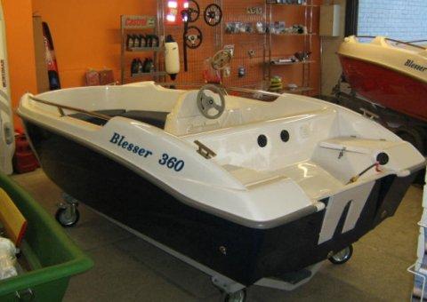 blesser 360 - laminátový člun - lod