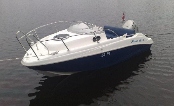 blesser 505 w - laminatovy kajutový člun